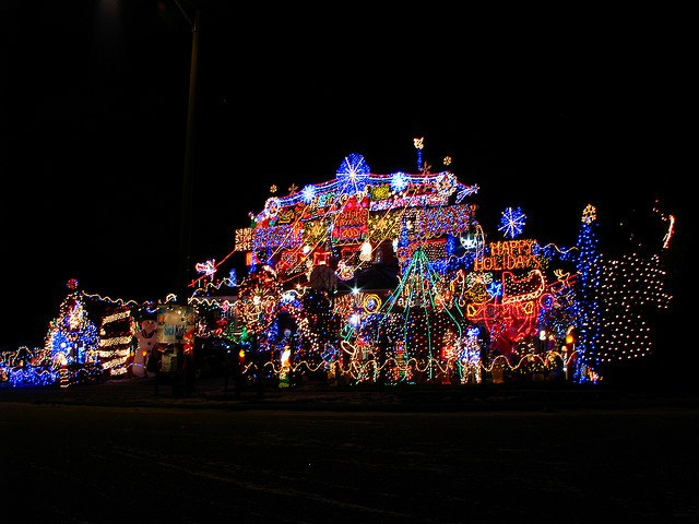 Let's talk about what happens if you don't balance out the light sources. - How To Photograph Christmas Lights - Photzy